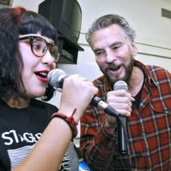Wilson Middle School Students 'Tear Up' Glendale for Kenny Loggins' Special Visit and Instrument Donation